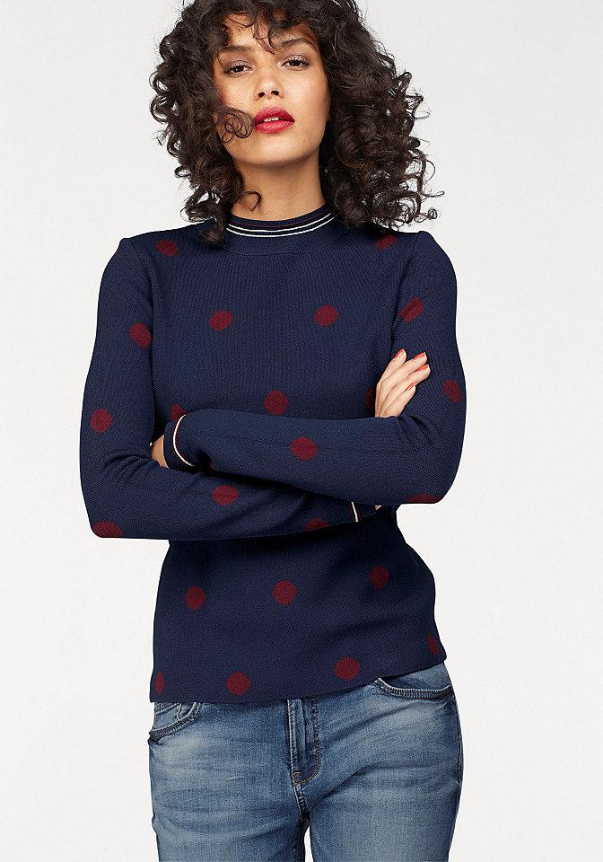 qs-designed-by-poettyoes-kereknyaku-pulover