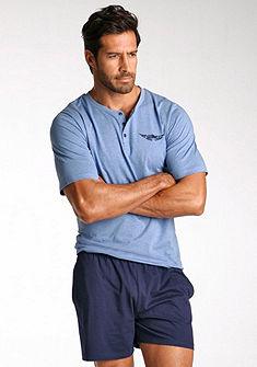 Arizona rövidnadrágos pizsama, rövid fazonú, felsőrésze gombokkal és elején nyomással