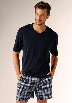 s.Oliver rövidnadrágos pizsama, kényelmes, rövid fazonú, nadrága kockás nyomással és oldalzsebbel
