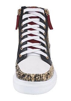 Fűzős cipő