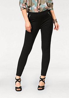 Vero Moda Úzke nohavice »STRONG«