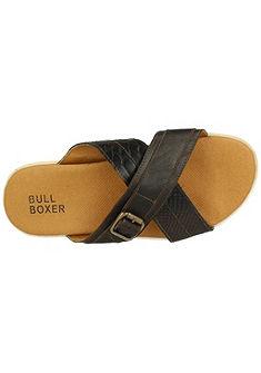 Bullboxer papucs divatos csattal díszítve díszvarrással