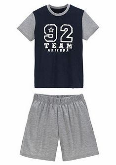 Le Jogger rövid nadrágos pizsama, szám nyomásmintával az elején