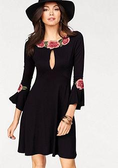 Melrose dzsörzé ruha  virág applikációval és bő ujjal