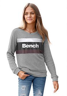 Bench. Mikina