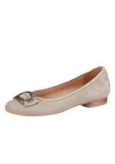 Balerina cipő, Andrea Conti
