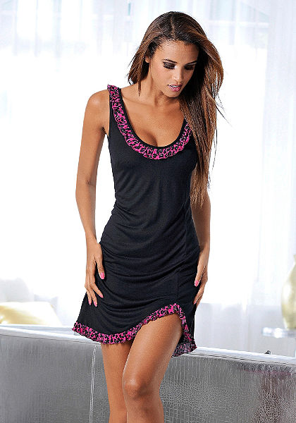 Nočná košeľa, Melrose