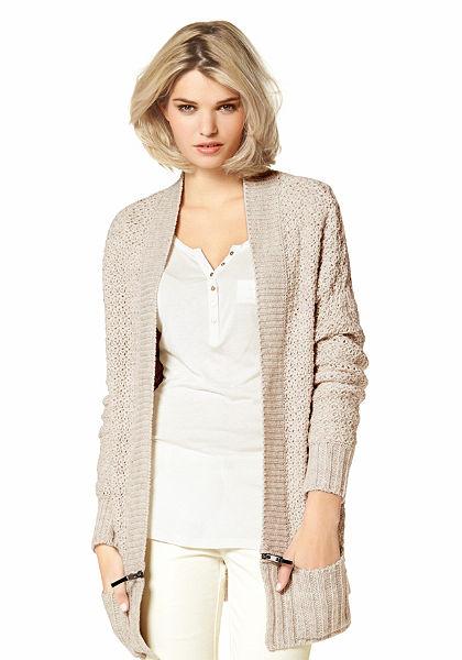 Pletený sveter, Laura Scott