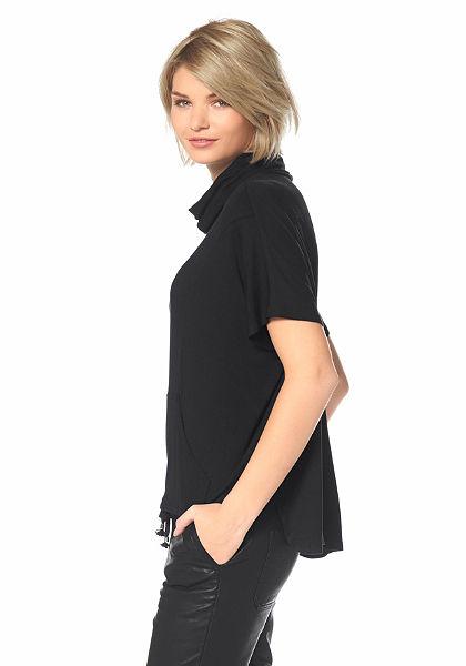 Laura Scott garbónyakú póló