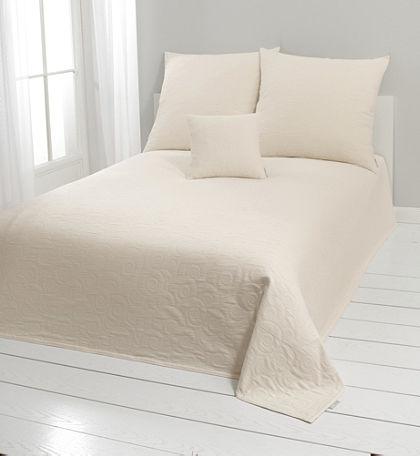Přehoz na postel