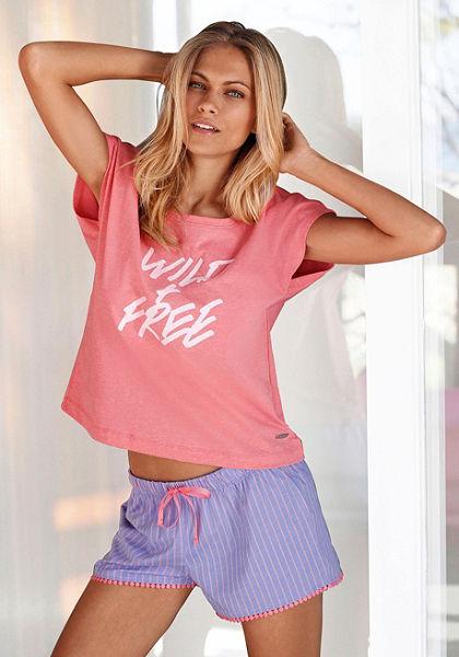 Buffalo rövidnadrágos pizsama elején nyomásmintával »Wild & Free«