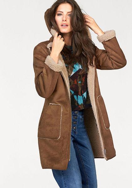 Aniston krátký kabát