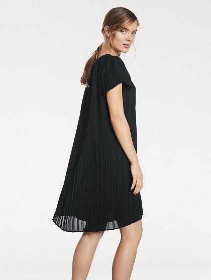 Plisované šaty s krátkým rukávem