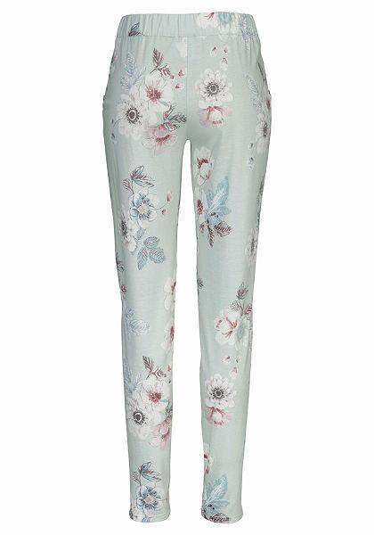 CALIDA Kvetované pyžamové kalhoty s krajkou